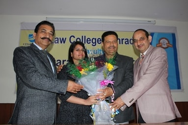 Uttaranchal University accords a Grand Felicitation to Ms. Karishma Dangwal, Uttarakhand Judiciary Qualifier