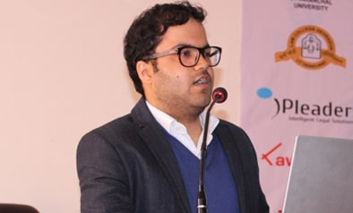 Mr. Tanuj Kalia,CEO of Lawctopus