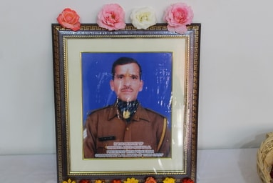 Uttaranchal University honours the martyrdom of Shaheed Mohan Lal Raturi and extends assistance to the bereaved family