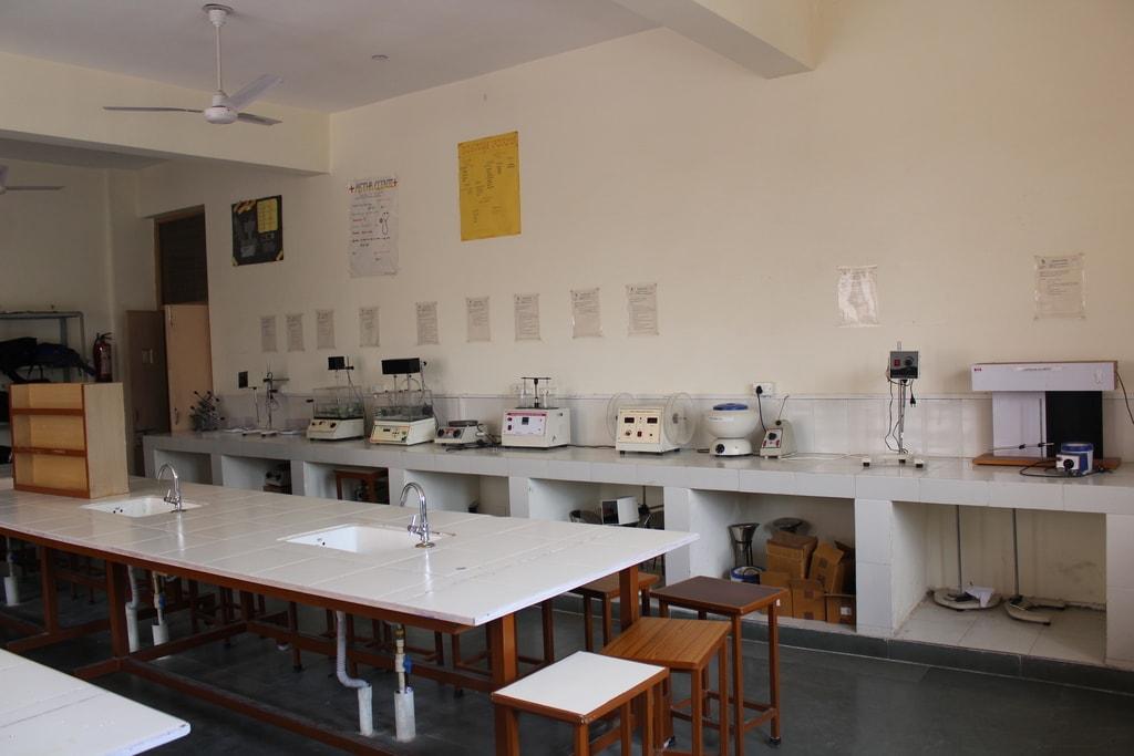 Pharmaceutics Laboratory