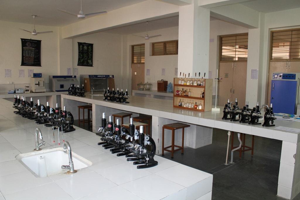Pharmacognosy Laboratory
