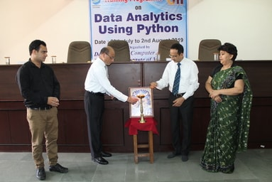 Uttaranchal Institute of Management is organizing a five-day Training Programme on 'Data Analytics Using Python'