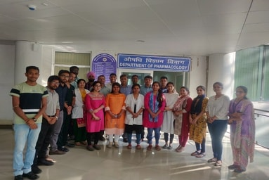 Students of Uttaranchal Institute of Pharmaceutical Sciences complete Internship from All India Institute of Medical Sciences