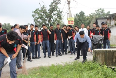 "Uttaranchal University conducts 'Cleanliness Drive' to commemorate ""Gandhi Jayanti"""